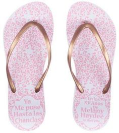 Sandalias para XV años, Chanclas para XV años, Sandalias para Fiesta, Chanclas para Fiesta, Sandalias personalizadas Quinceanera Favors, Quinceanera Dresses, 15th Birthday, Cakes And More, Screen Printing, Ball Gowns, Flip Flops, Glamour, Sandals