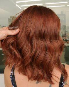 Ginger Hair Color, Hair Color And Cut, Hair Color Dark, Auburn Balayage, Hair Color Auburn, Medium Auburn Hair, Hair Color Shades, Strawberry Blonde Hair, Mi Long