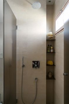 Bo LKV Helsinki, Interior Styling, Door Handles, Bathtub, Room Decor, Doors, Table, Bathrooms, Coffee