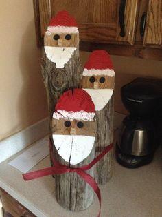 Santa log faces