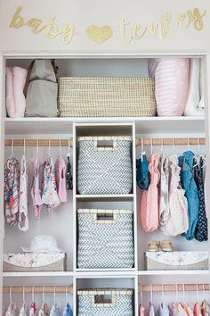36 Ideas for baby diy closet nursery organization Baby Nursery Closet, Baby Nursery Diy, Closet Bedroom, Baby Bedroom, Diy Baby, Girl Nursery, Baby Rooms, Girl Room, Baby Closets