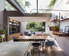 Bredenkamp of London-based Studio 30 Architects, refurbished and extended the basement when converting the 19th-century Victorian property into a home for himself, his wife and their young son. Αn open-plan kitchen, lounge and dining room adjoining the garden.