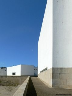 Image 8 of 15 from gallery of AD Classics: Santa Maria Church de Canaveses / Álvaro Siza Vieira. Courtesy of Alvaro Siza Website Modern Architects, Famous Architects, Space Architecture, Amazing Architecture, Minimal Architecture, Alvar Aalto, Santa Maria Church, Tulum, Houses Of The Holy