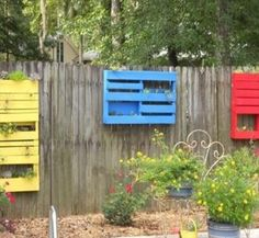 pallet-garden-fence-planters-and-decors.jpg (720×665)