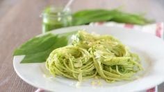 Spaghetti mit frischem Bärlauch.