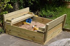 Sandpit Open sitzbank DIY Wooden Sandpit with Lid and Benches Wooden Sandpit With Lid, Wooden Sandbox, Kids Sandbox, Sandpit Cover, Sand Pits For Kids, Kids Indoor Playground, Diy Playhouse, Patio Chair Cushions, Backyard For Kids