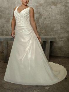 2013 Elegant Ivory Plus Size Wedding Dress A Line V Neck Dropped Wedding Gown