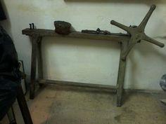 Antico argano tirafili in legno, ferro e pelle funzionante