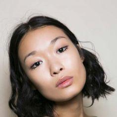 coupe cheveux epais carre degrade pointes