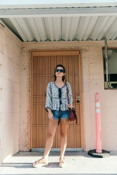 Boho_Top-GRFRND_Jeans-Chloe_Hudson_Bag-Espadrilles-Los_Angeles-Outfit-Collage_Vintage--6