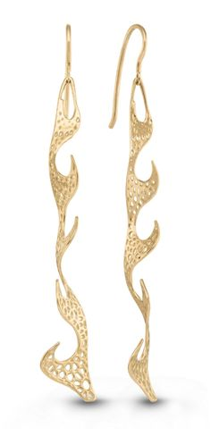 I love these metal lace Vitae Ascendere earrings. Inspired by nature, crafted using cutting-edge digital technology.