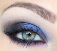 Black pencil as a base and then Deep Truth from MAC on upper lid and Inglot purple eye shadow on the lower lid #makeup #make up
