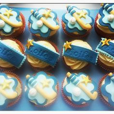 Camogie Cupcakes from Little Cake and the Fairy (my confirmation cakes! Confirmation Cakes, Little Cakes, Hurley, Communion, Birthday Cakes, Afro, Irish, Cupcakes, Cookies