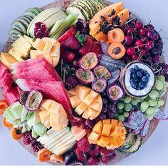 Fruit platter goals via @hayatandfay