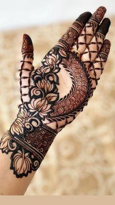 Khafif Mehndi Design, Rose Mehndi Designs, Back Hand Mehndi Designs, Mehndi Designs 2018, Mehndi Design Photos, Beautiful Mehndi Design, Mehndi Images, Modern Henna Designs, Stylish Mehndi Designs