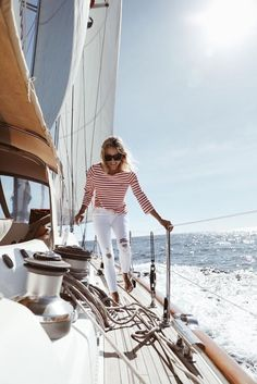 """My husband's family is super in to sailing, so when we met I knew that I'd have to get over my motion sickness and strap on my boat shoes early on. Holo Kai {""""Traveler by Sea""""} has graced waters aroun Sailing Outfit, Boating Outfit, Sailing Style, Sailing Boat, Sailing Knots, Sailing Dinghy, Sailing Trips, Sailing Yachts, Catamaran"""