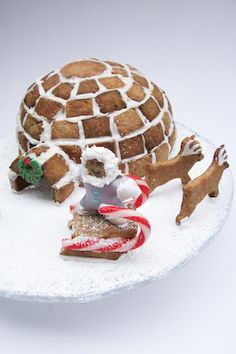 Gingerbread Igloo by raspberri cupcakes, via Flickr