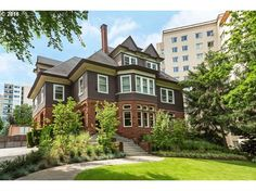 $2,850,000 - View 31 photos of this 11 Beds 4.3 Baths Traditional home built in…