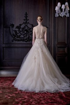 Monique Lhuillier Bridal Spring 2016 Collection Photos - Vogue