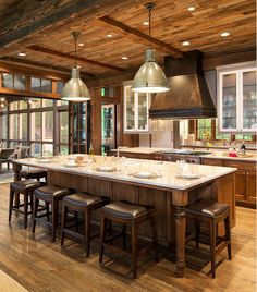 More ideas below: Rustic Large Kitchen Layout Design Farmhouse Large Kitchen Window Luxury Large Kitchen Island and Rug Modern Large Kitchen Decor Ideas Large Kitchen Floor Plans Remodel Rustic Kitchen Design, Kitchen Decor, Kitchen Ideas, Kitchen Seating, Rustic Design, Kitchen Tips, Kitchen Island With Seating For 6, Basement Kitchen, Cabin Homes