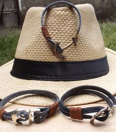 Lizz Designer - Moda Sustentável Bracelets, Leather, Jewelry, Design, Fashion, Moda, Jewlery, Jewerly, Fashion Styles