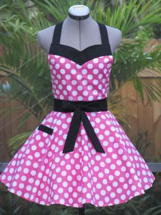 Minnie Mouse Apron in Pink Sweetheart Hostess by AquamarCouture