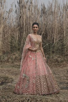 69 trendy wedding dresses indian style walima - 69 trendy wedding dresses indian style walima Source by dipapuwar - Indian Wedding Wear, Pakistani Wedding Outfits, Indian Bridal Outfits, Indian Bridal Lehenga, Indian Bridal Fashion, Bridal Lengha 2018, Lehenga Wedding, Sikh Wedding, Indian Attire