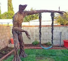 A Family of Guardians of Galaxy Fans Have Created this Awesome GROOT Swing [Pic]