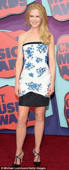 Nicole at the CMT Awards