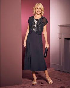 5adb9ac74e 40s Elizabeth Velvet Maxi Wrap Dress in Burgundy en 2018