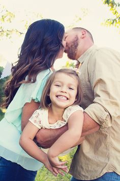 #family pictures Family of three 3 pose by ShaiLynn photography