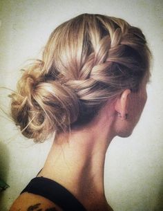 very popular braid and messy bun for bridesmaid's hairstyle