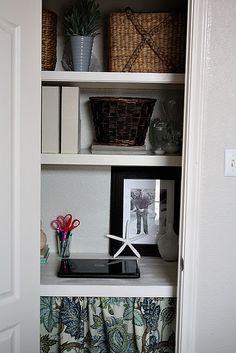 Wish I had an extra closet to do this with!  Love this idea!