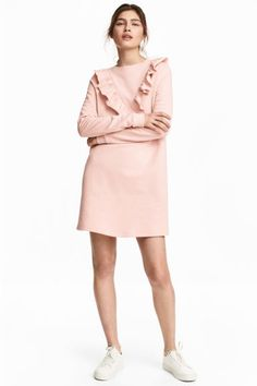 Sweatshirt dress with a frill 29,99 € New Arrival