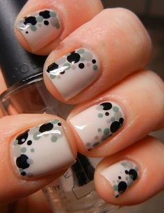 From how to care for your nails to the best nail polishes, nail tutorials and nail art inspiration, Allowmenstalk Nails shows the way to perfect manicures. Get Nails, Fancy Nails, Love Nails, Pretty Nails, Hair And Nails, Simple Nail Art Designs, Dot Nail Designs, Easy Designs, Manicure E Pedicure