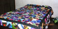 Our Scrap Quilts Photo Gallery Offers Scrap Quilting Tips and Inspiration: Scrappy Strips Quilt