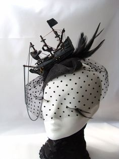 Ship Headdress Pirate hat Marie Antoinette Vampir Steampunk Gothic Victorian black