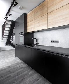 Beautiful Urban Simplicity with a Dynamic Modern Note - InteriorZine Kitchen Room Design, Luxury Kitchen Design, Modern House Design, Interior Design Living Room, Farmhouse Style Kitchen, Modern Farmhouse Kitchens, Black Kitchens, Küchen Design, Design Ideas