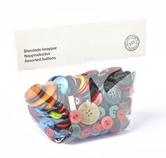 Bag of mixed buttons.