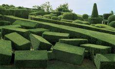 topiary garden, Chateau de Marqueyssac, Dordogne, France