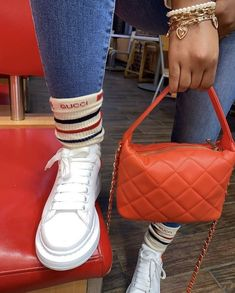 Best Jeans For Women, Black Girl Swag, Cute Sneakers, Cute Comfy Outfits, Types Of Fashion Styles, Fashion Handbags, Sneakers Fashion, Fashion Outfits, Shoe Boots