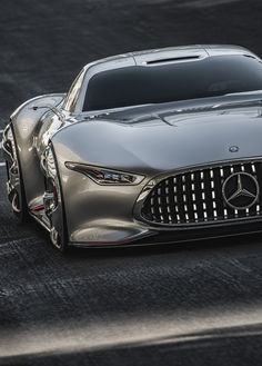 Mercedes Benz-AMG Vision GT slim tires.