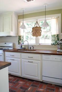 Really impressive kitchen redo on a tight budget