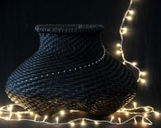 Path of light - black basket with crystals - medium size