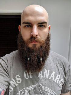 Mucking around with some beard beads Viking Beard Styles, Hair And Beard Styles, Beard Jewelry, Hair Jewelry, Jewelry Rings, Beard Dreads, Beard Braid, Mens Hairstyles Fade, Men's Hairstyles