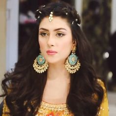 Gorgeous Pakistani actress Ayeza Khan