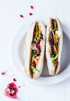 Kebab bœuf confit, pois chiche & grenade Stylisme : Coralie Ferreira  Photographie : Virginie Garnier  Tradi-Trendy - Hachette 2014