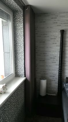 Wallpaper and curtain - girl's room by Ambiente