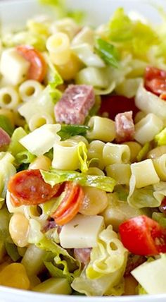 Wonderful salad inspiration to keep you healthy :). Salads for parties, salad dressings, salad recipes for all seasons including winter salads, spring salads, fall salads and summer salads. Italian Recipes, Great Recipes, Dinner Recipes, Holiday Recipes, Salada Light, Italian Chopped Salad, Chopped Salads, Chopped Salad Recipes, Think Food