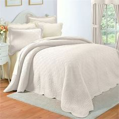 Florence Oversized Cotton Bedspread Collection